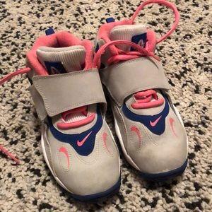 Nike 1y